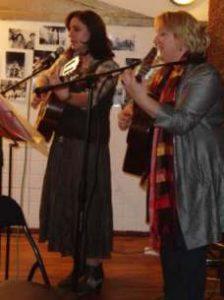 Romantische Lieder und Chansons @ Bürgerhaus Bilk, Salzmannbau